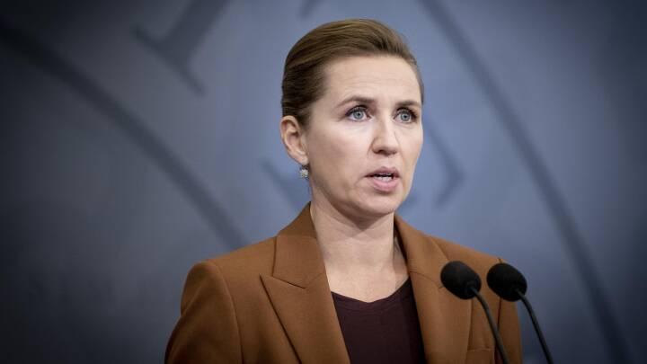 Mette Frederiksen lovede lyntest på plejehjem: 'Det er tydeligt, at statsministeren ikke giver retvisende oplysninger'