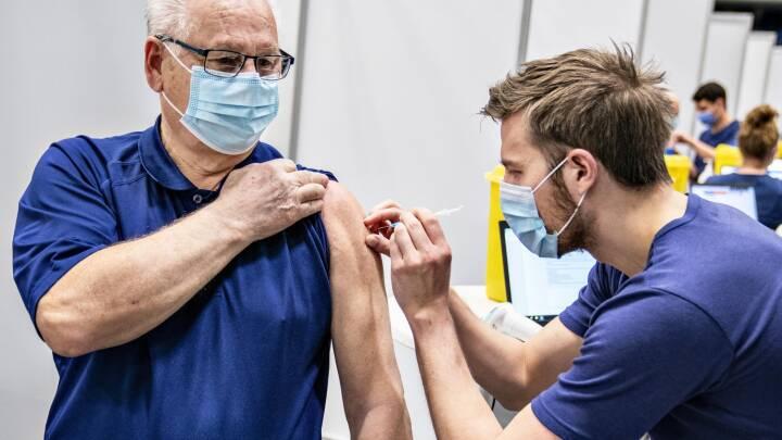 Aftale fritager cirka 660.000 for testkø: Første vaccinestik er nok til coronapas