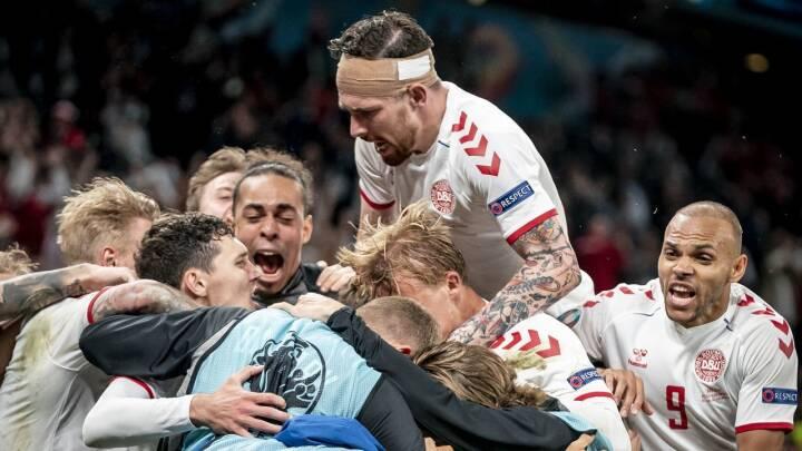 Landsholdet trækker overskrifter verden over: 'Få hold har fortjent det mere end empatiske katapult-Danmark'