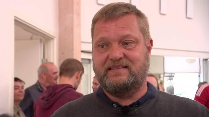 I Horsens så en stolt far med, da datteren vandt OL-guld i Tokyo: 'Vi ville gerne have været der nu'