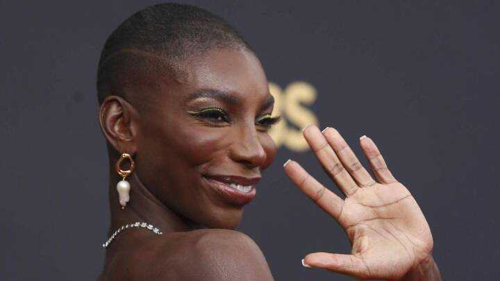 Emmy-showet ramt af kritik på sociale medier og kaldes 'et kæmpe stort tilbageslag'