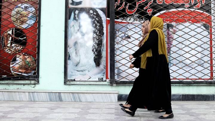 I afghanske byer er kvinder uden håb, men på landet er de glade for fred