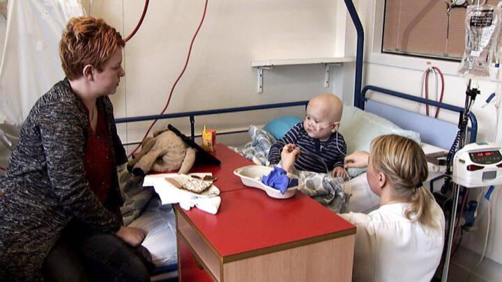 Helle og Jespers fire-årige søn har kræft: Det hele handler om Kristian