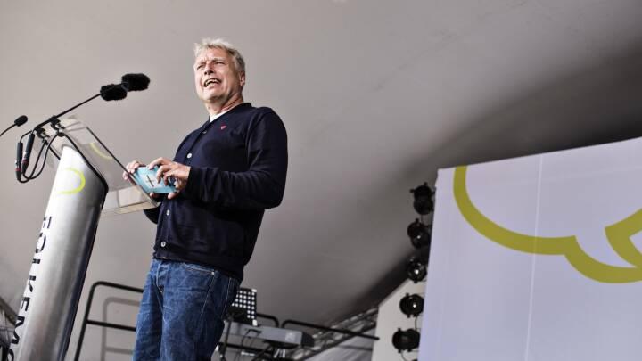 Uffe Elbæk vinder Folkemødets dialogpris: Altid mere lyttende end talende