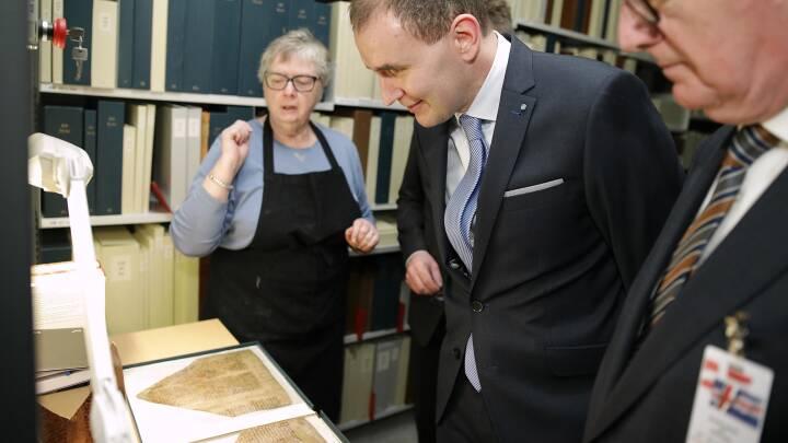 Island og Danmark: Fra rigsfællesskab til tynd familierelation