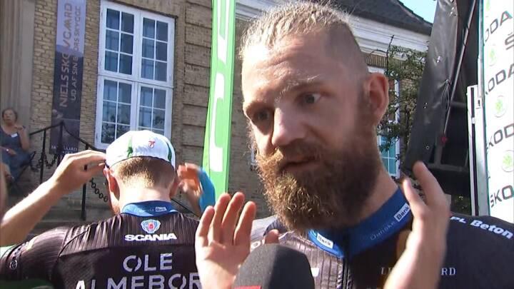 VIDEO Hurtigt cykel-skæg: Rasmus Quaade behøver ikke barbere sig