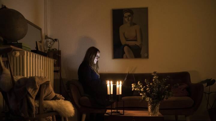 Julia har forladt sociale medier: 'Mine venner glemmer mig'