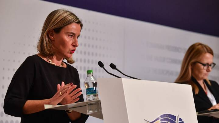 EU skal lede gruppe der skal løse konflikt i Venezuela