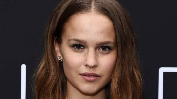 Kvindelige unge skuespillere danske Her er