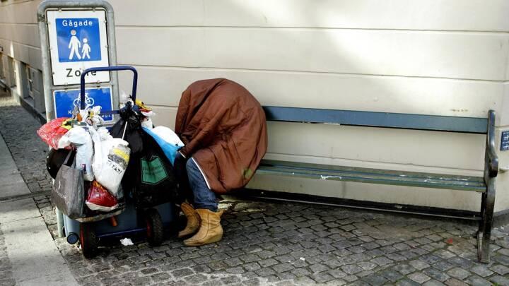 To hjemløse blev frifundet: Nu presser støttepartier regeringen på et forbud