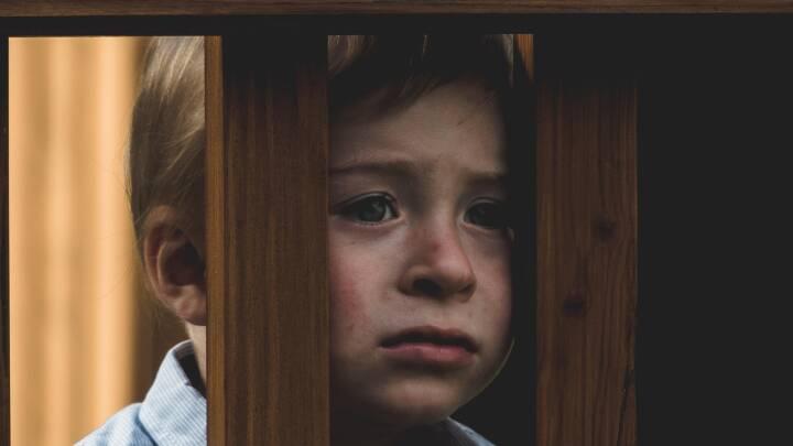 Lav selvtillid og dårligere karakterer rammer børn, der vokser op uden en far