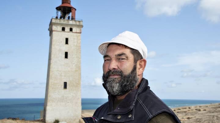 Hvornår ville fyret være faldet i havet? Murermester skal bygge nyt monument på skrænten