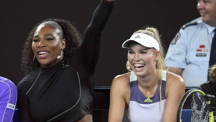 Rørt Serena Williams går i stå midt i interview: 'Jeg græder, hvis I spørger mere til Wozniacki'