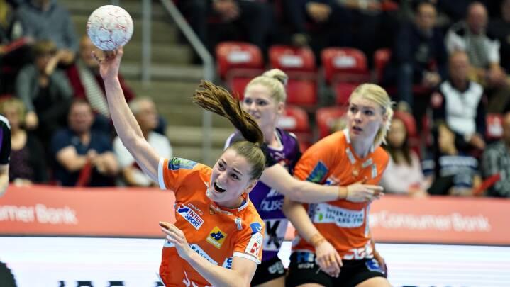 Odense uddeler ungarske tæsk og spiller sig i EHF Cup-kvartfinalen