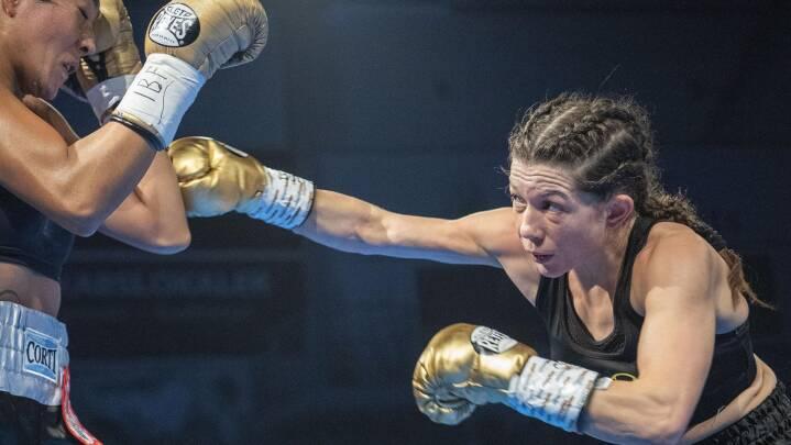 Dansk verdensmester: Sarah Mahfoud udbokser argentiner