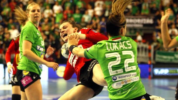 Team Esbjergs håndboldkvinder skuffer i Ungarn