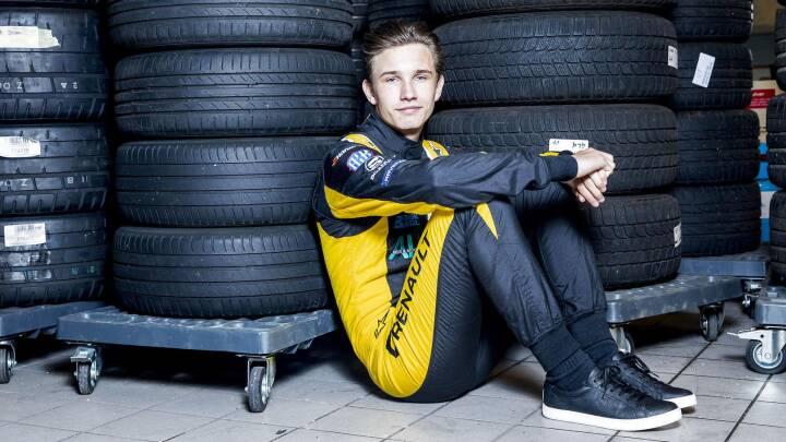 18-årig Formel 1-aspirant sørger for dansk sejr i Østrig
