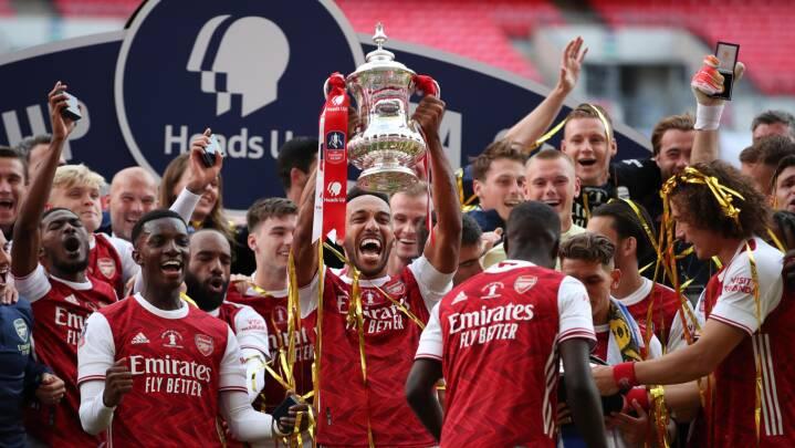 Nedtur for Andreas Christensen og Chelsea: Arsenal løfter FA Cup-trofæet