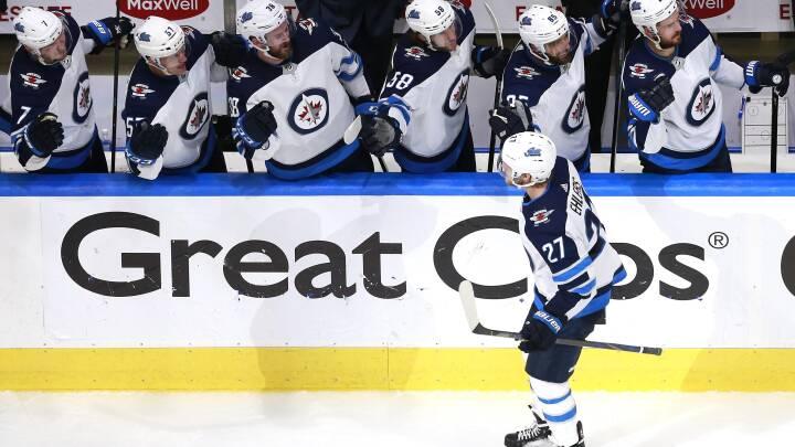 Kamp om slutspillet: Danskerscoring sikrer sejr i NHL