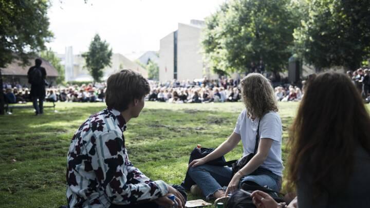 Universitet nedtoner fagligt fokus for at undgå ensomme studerende
