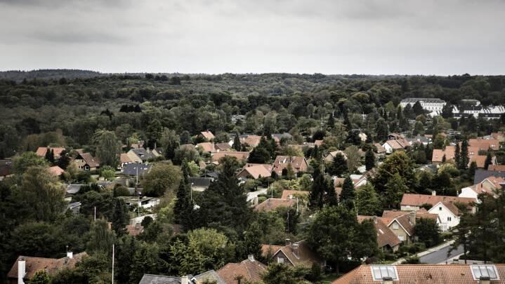 Korrespondent: Derfor kan de nye, lavere boligskatter blive forsinkede
