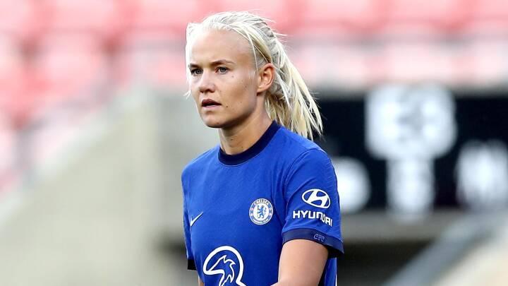 Pernille Harder scorer drømmemål i kæmpe Chelsea-sejr