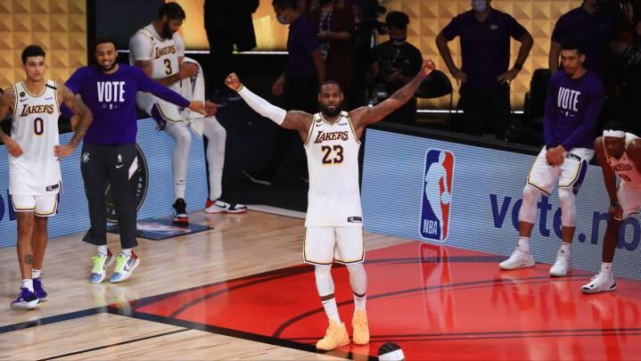 LeBron James skriver historie og sikrer Lakers første mesterskab i ti år