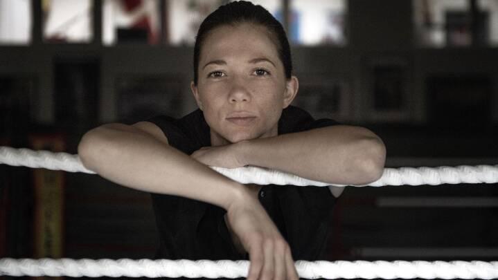 Verdensmesteren Sarah træner fem timer om dagen med reggaerytmer og 'The Tank'