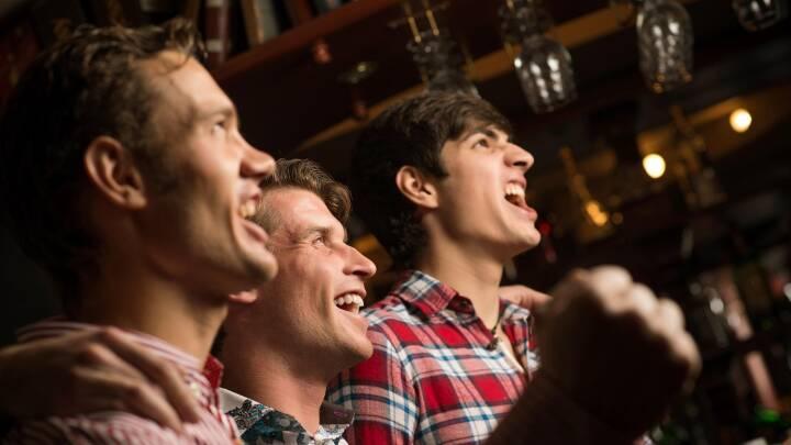 Mange unge mænd ignorerer corona-regler: Tager gerne til fest med over 10 personer