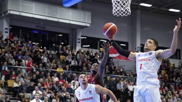 'Det er et åndssvagt resultat': Danmarks basketlandshold slår stormagt
