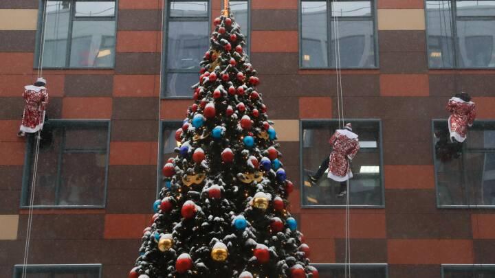 Rappelling og julemand på Zoom: Sådan blev julen fejret rundt omkring i verden