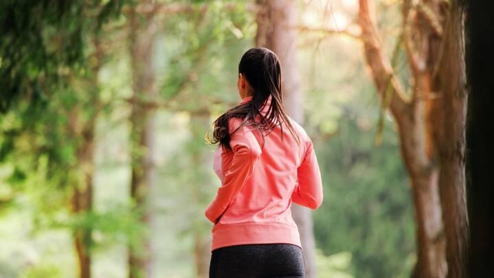 Corona har lukket dit fitnesscenter: Tre grunde til at dyrke motion i naturen