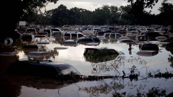SE BILLEDERNE: Fem steder hvor ekstremt vejr har skabt kaos i 2020
