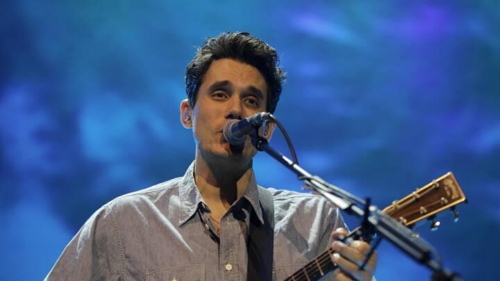 John Mayer rørt til tårer efter Britney-dokumentar: Jeg har klaret at være kendt, fordi jeg er en mand