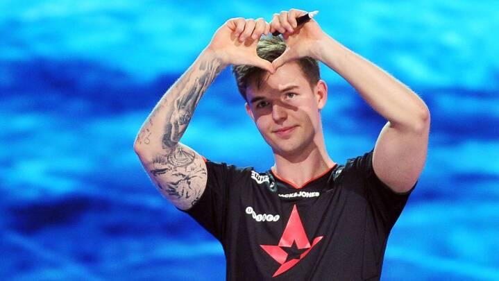 Astralis mister en af sportens største stjerner: Dansk skarpskytte i sensationsskifte til svensk konkurrent