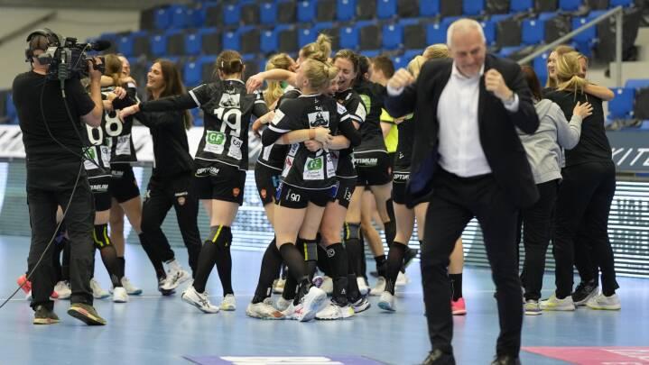 Odense Håndbold klar til DM-finale efter gyser, mens Viborg HK banker liv i gulddrømmen