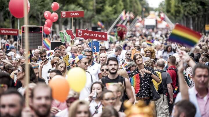 Folk fra hele verden skulle have gået med i aflyst parade - men direktør lover:  Det bliver stadig det mest betydningsfulde nogensinde