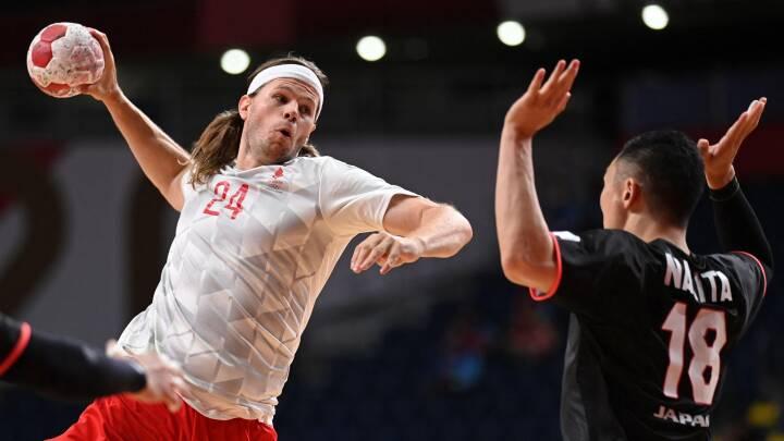 KARAKTERER OL-værterne fik en syngende håndbold-lussing: 'Energien, viljen og farten lyste ud af de danske spillere'