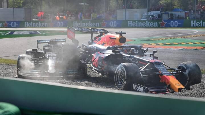 Formel 1-stjerner kolliderer, mens McLaren tager første sejr i ni år