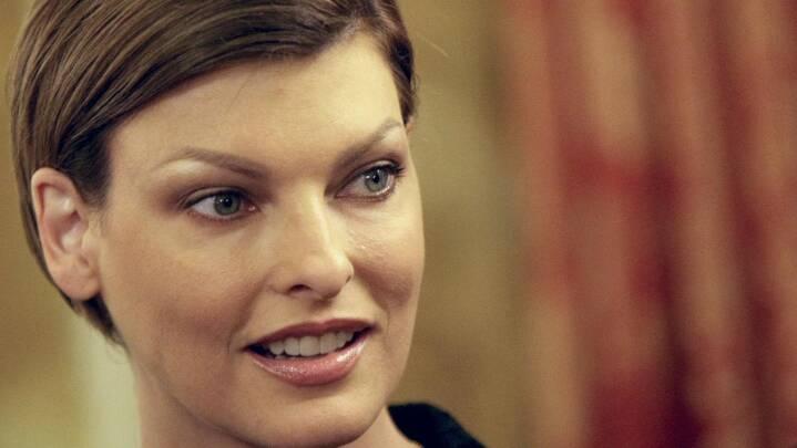 Tidligere supermodel: Skønhedsbehandling har gjort mig deform