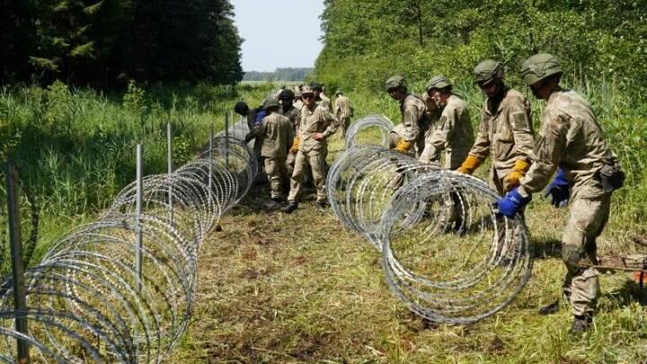 Engang kunne litauiske Juozas frit vandre til Hviderusland. Nu er grænsen lukket med pigtråd fra Danmark