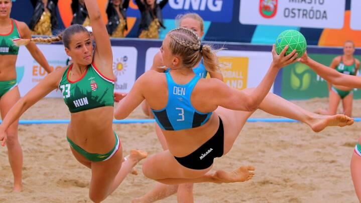 Strandhåndbold fjerner omstridt bikiniregel, men der er stadig forskel på mænd og kvinder