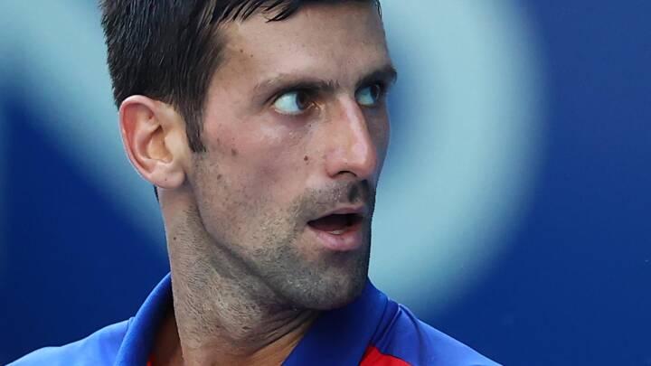 Djokovic kalder vaccinekrav 'upassende' og sår tvivl om rekordforsøg