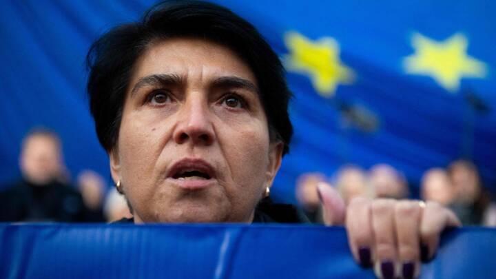 EU-toppen varmer op til opgør i højspændt retsstrid. Men Polens regering vil 'ikke lade sig afpresse'