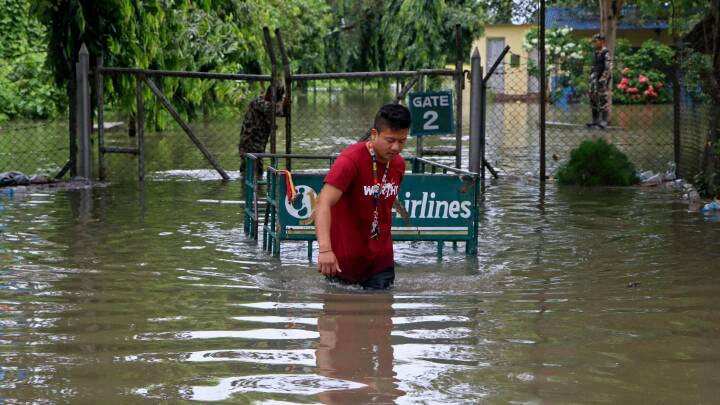 Oversvømmelser og jordskred koster 77 mennesker livet i Nepal