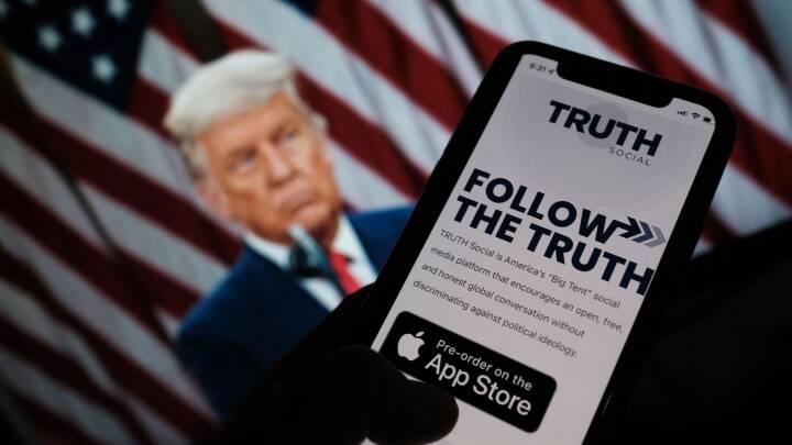 Donald Trump løfter sløret for sit eget sociale medie 'Truth Social'
