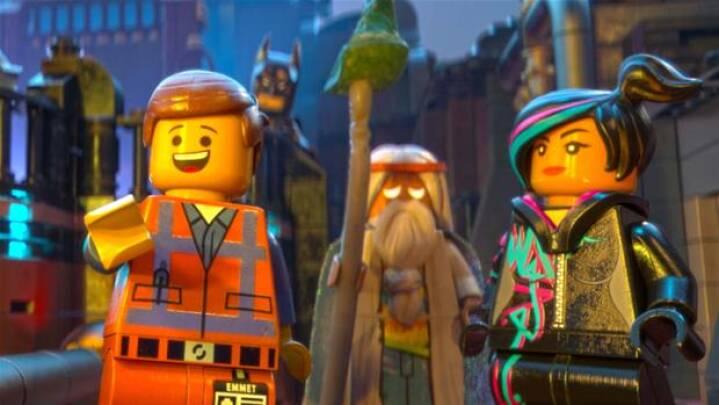 Den Nye Filmhelt Er Klodset Og Gul Han Er Nemlig Fra Lego Indland Dr