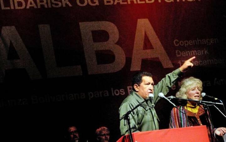 Chávez hyldet som rockstjerne i Valby