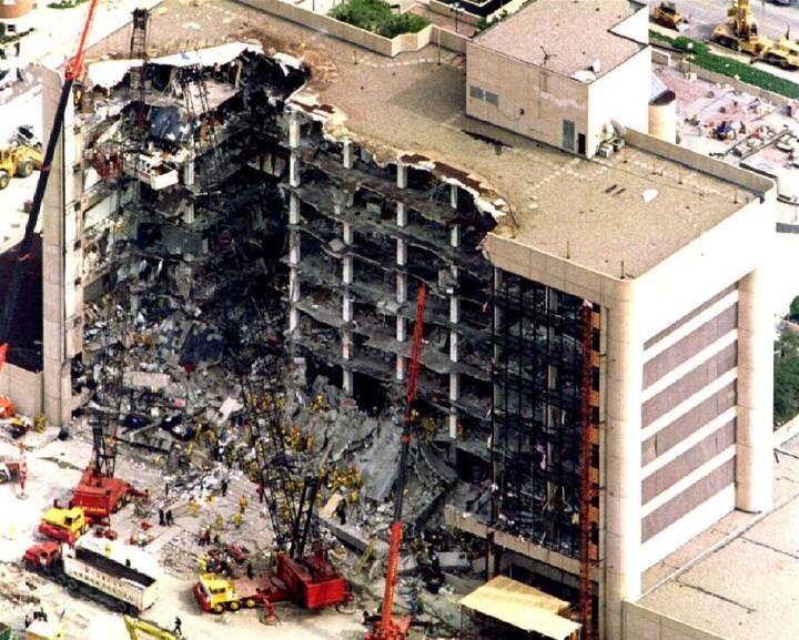 BILLEDER 20 år siden Oklahoma-bombningen rystede USA
