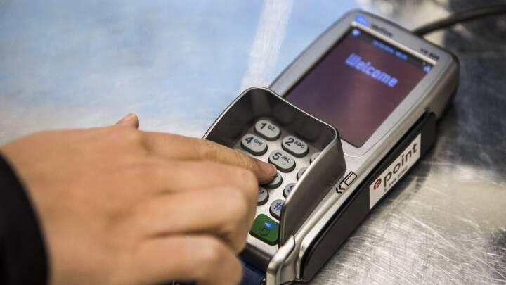 Butikker får påbud: Stop ulovlige kortgebyrer